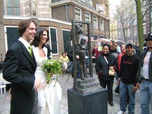 2007 Onthulling Belle