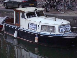 massageboot kloveniersburgwal09 003
